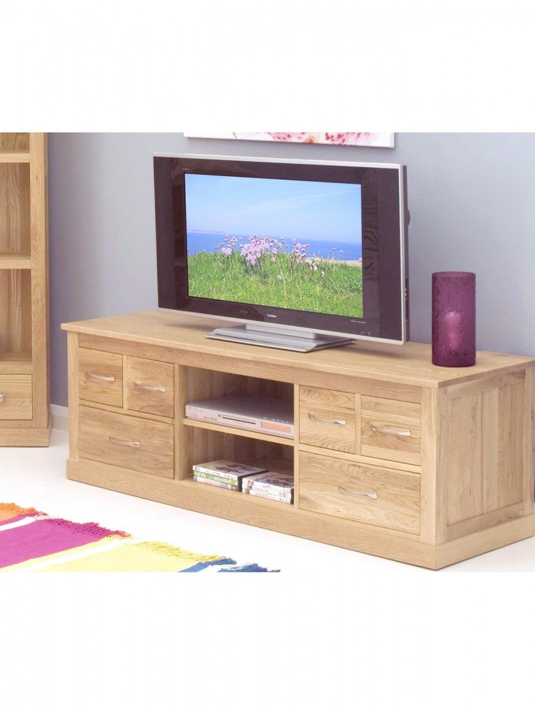 Baumhaus mobel oak widescreen tv cabinet cor09b 121 tv for Mobel asia style