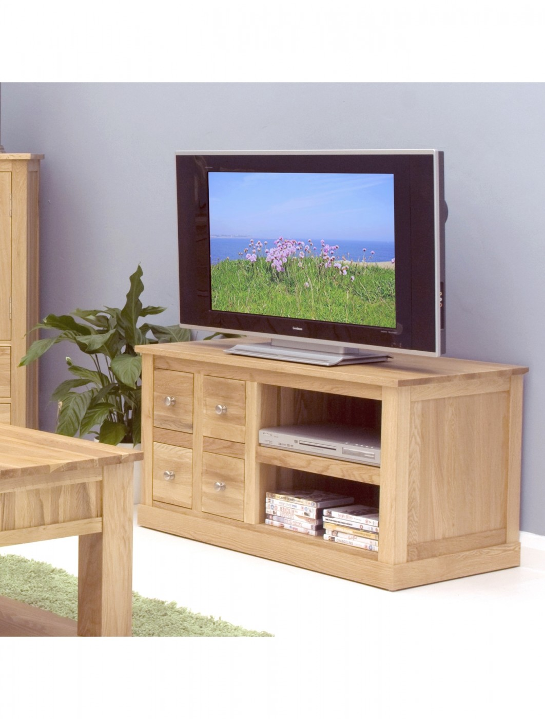 baumhaus mobel solid oak four drawer tv cabinet cor09a enlarged view