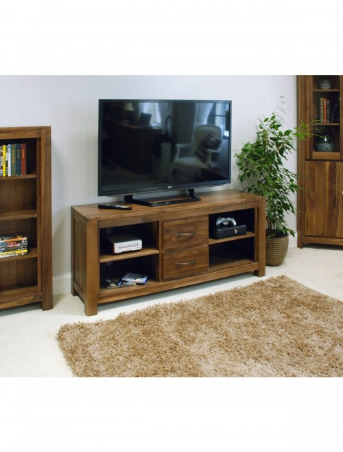 Widescreen TV Stand Baumhaus Mayan Walnut CWC09B