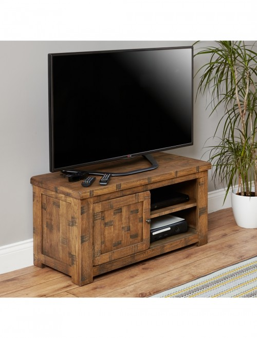 TV Stand Baumhaus Heyford Rough Sawn Oak CRS09A