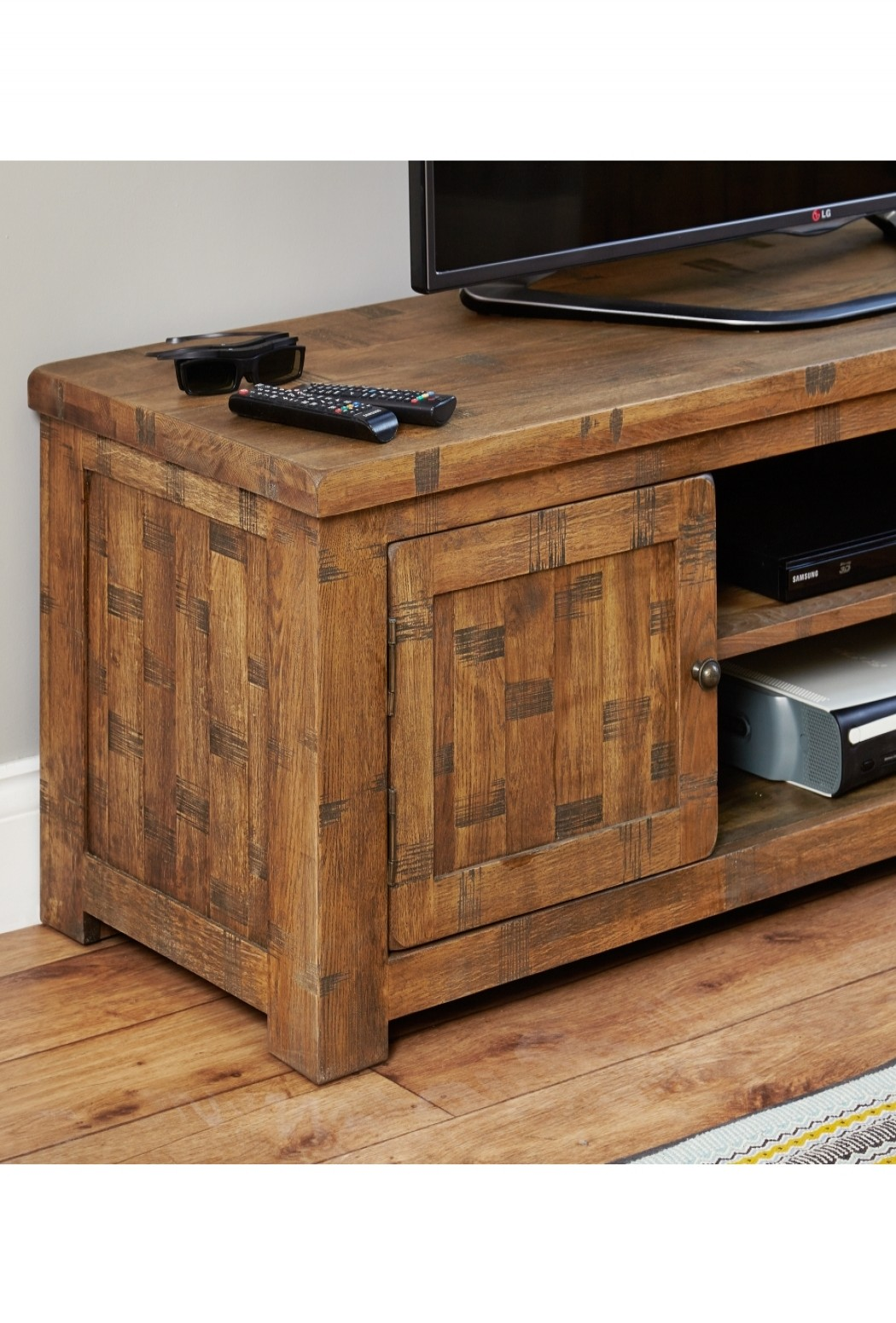 widescreen tv stand baumhaus heyford rough sawn oak crs09b enlarged view